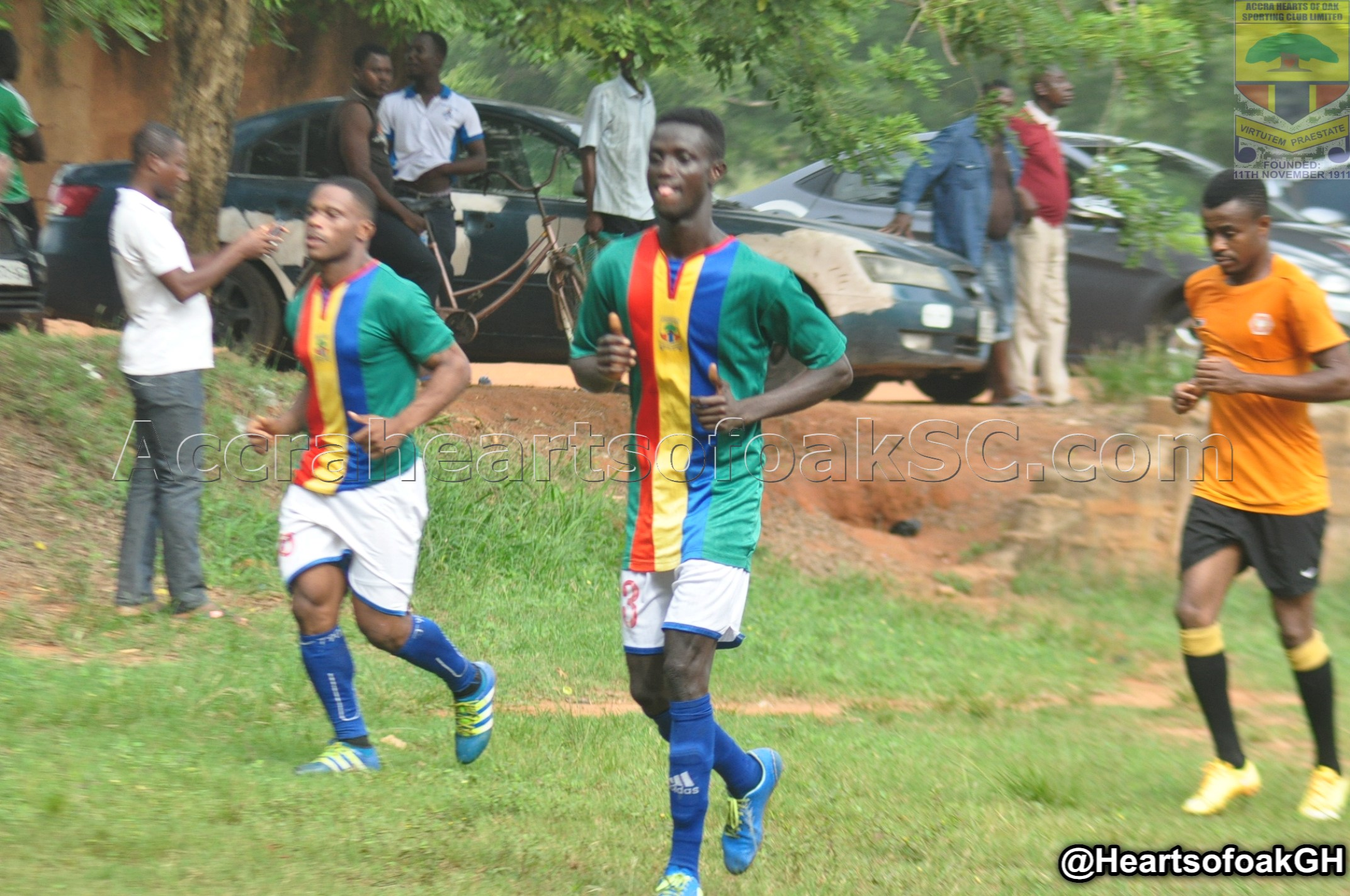 AURORAS YOUNGSTER SEWORNU TRAINS WITH FIRST TEAM